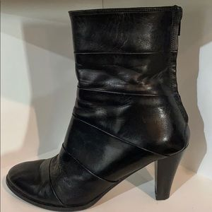 Black leather Franco Russo Napoli dress booties
